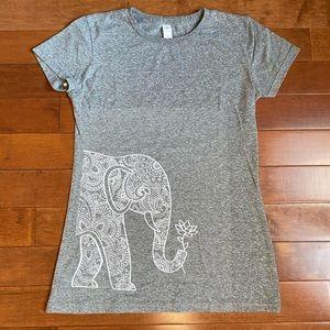 Air Waves White Elephant graphic t-shirt